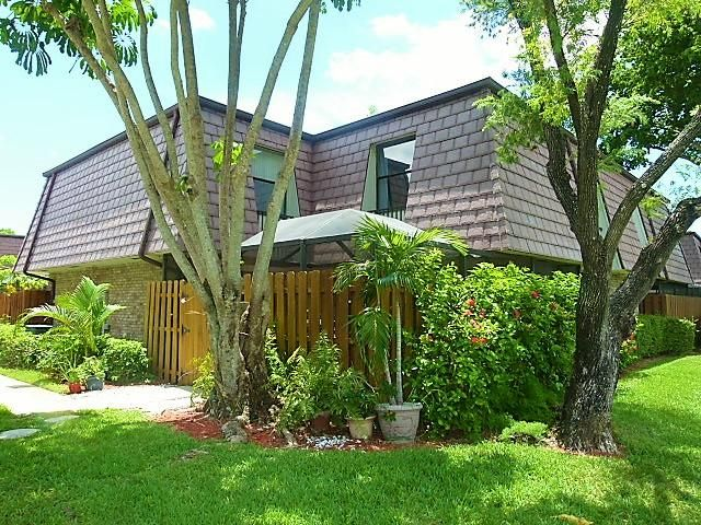 Additional photo for property listing at 7611 Courtyard Run W  Boca Raton, Florida 33433 United States