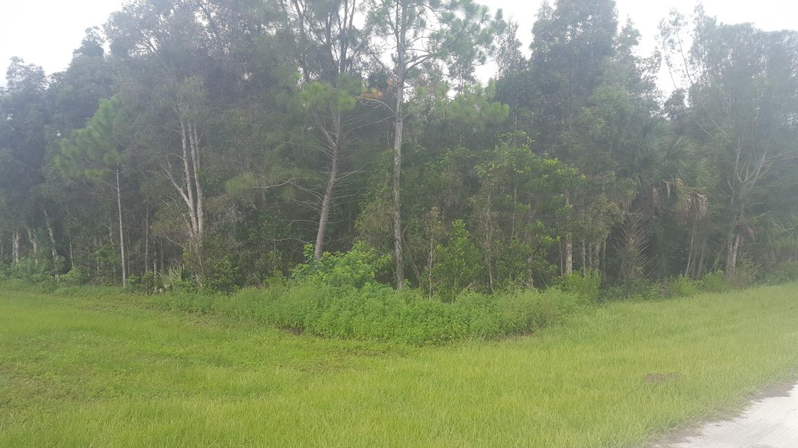 Additional photo for property listing at Xxxxx 63rd Road N  Loxahatchee, Florida 33470 United States