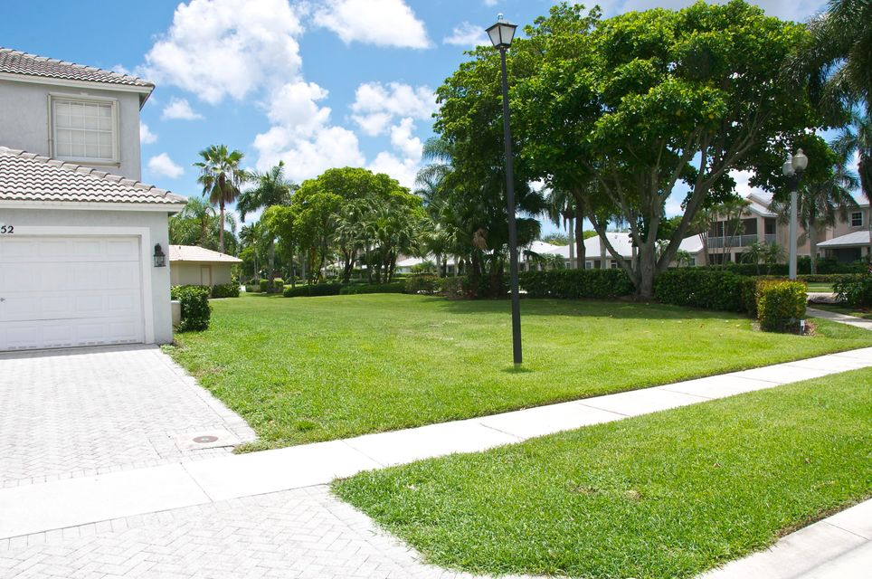Additional photo for property listing at 1652 Grand Oak Way 1652 Grand Oak Way Wellington, Florida 33414 United States