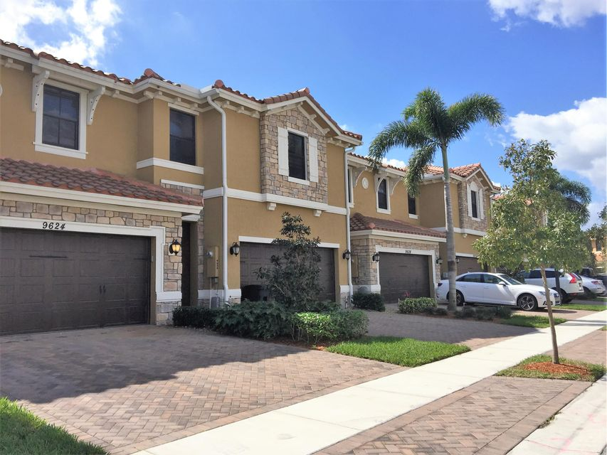 Casa unifamiliar adosada (Townhouse) por un Alquiler en 9622 Waterview Way Parkland, Florida 33076 Estados Unidos