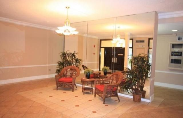 Additional photo for property listing at 470 Executive Center Drive  West Palm Beach, Florida 33401 Estados Unidos