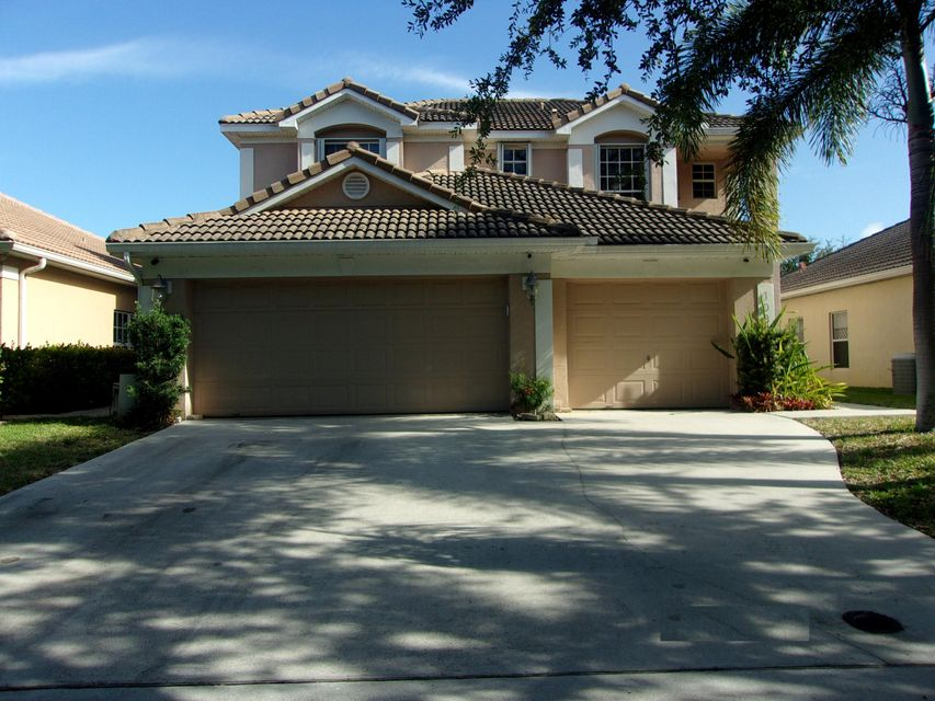 1080 Delray Lakes Drive, Delray Beach, FL 33444