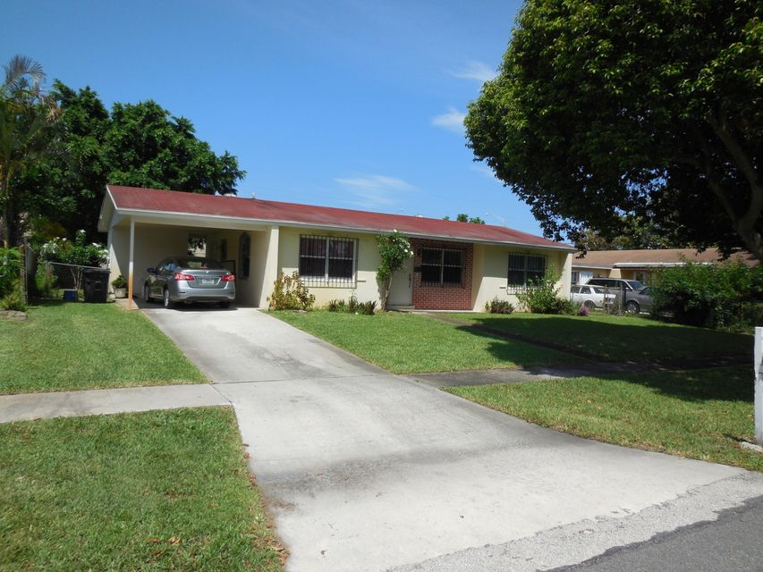 Additional photo for property listing at 324 N Ware Drive 324 N Ware Drive West Palm Beach, Florida 33409 United States