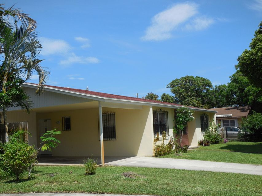 Additional photo for property listing at 324 N Ware Drive  West Palm Beach, Florida 33409 United States