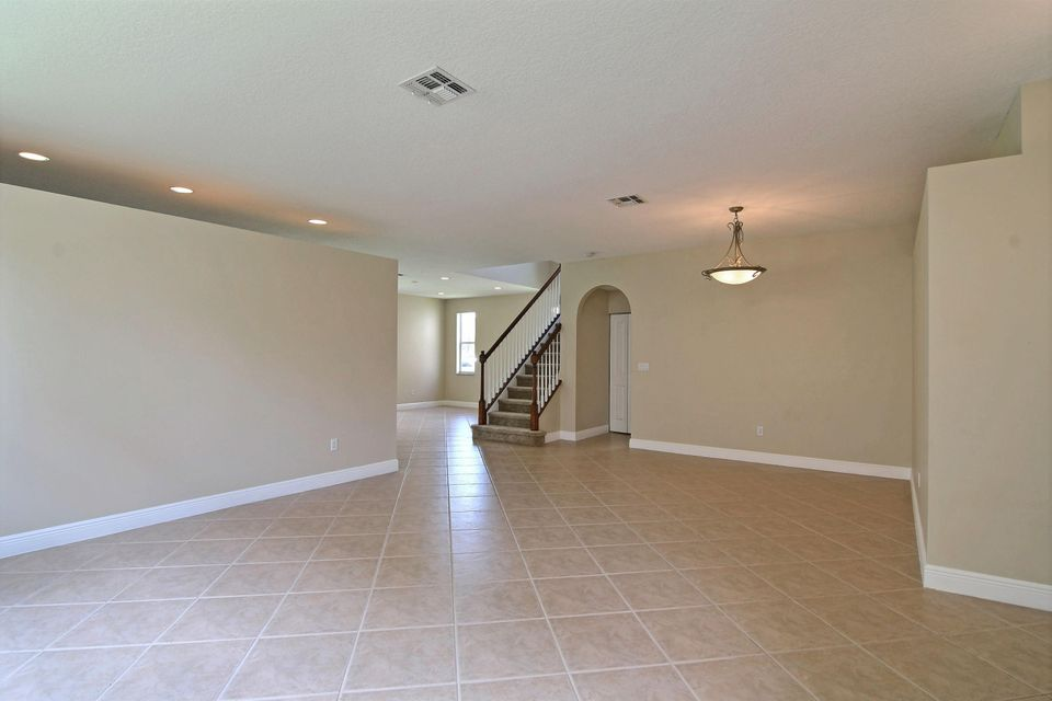 Additional photo for property listing at 11781 SW Bennington Circle  Port St. Lucie, Florida 34987 United States