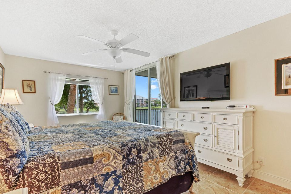 Additional photo for property listing at 353 S Us Highway 1 353 S Us Highway 1 Jupiter, Florida 33477 Vereinigte Staaten