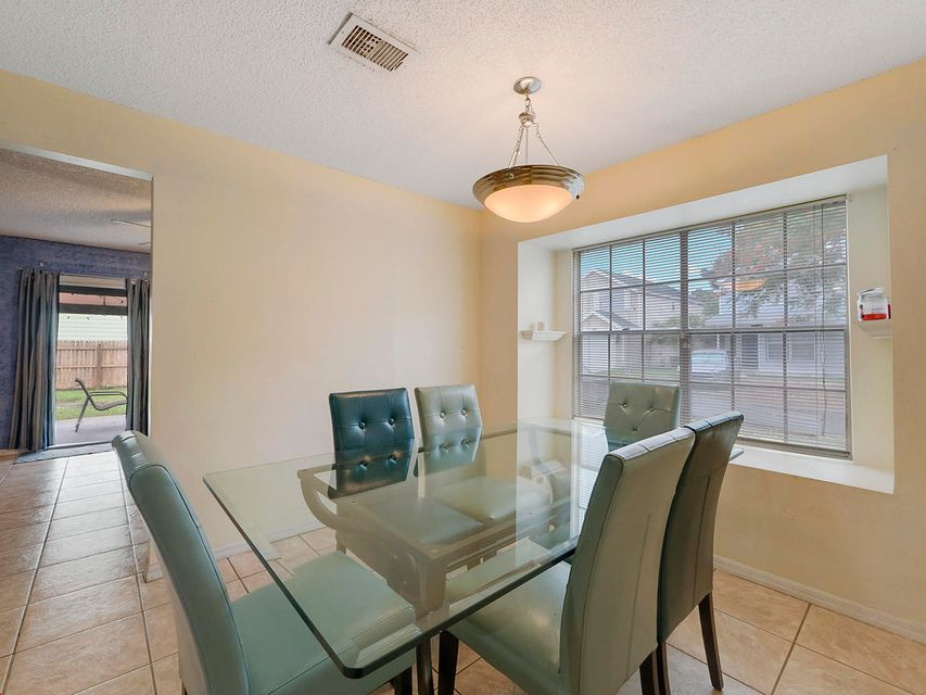 Additional photo for property listing at 1283 Wild Daisy Lane  West Palm Beach, Florida 33415 Estados Unidos