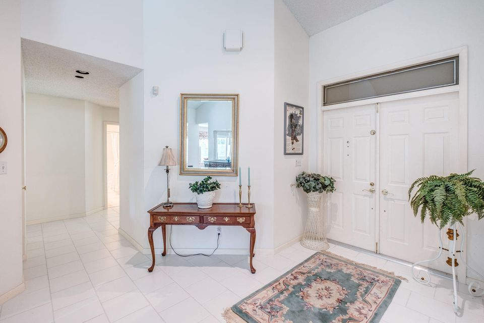 Additional photo for property listing at 720 Birdie Court 720 Birdie Court Delray Beach, Florida 33445 Estados Unidos