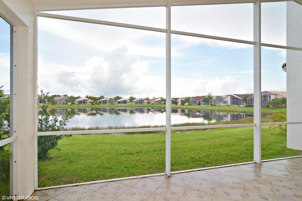 Additional photo for property listing at 313 NW Shoreline Circle  Port St. Lucie, Florida 34986 États-Unis