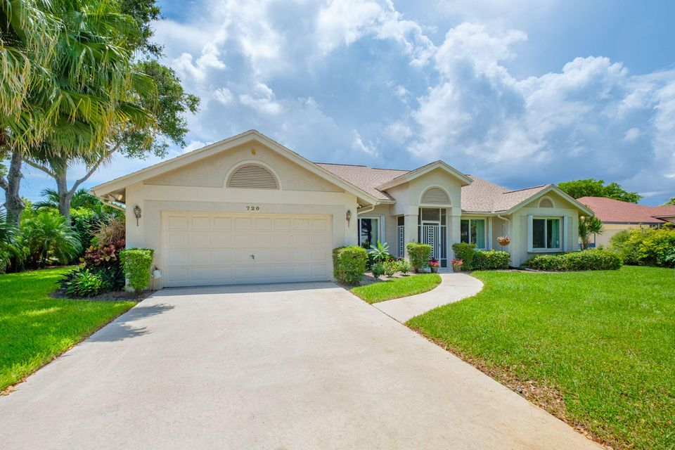 Additional photo for property listing at 720 Birdie Court  Delray Beach, Florida 33445 Vereinigte Staaten