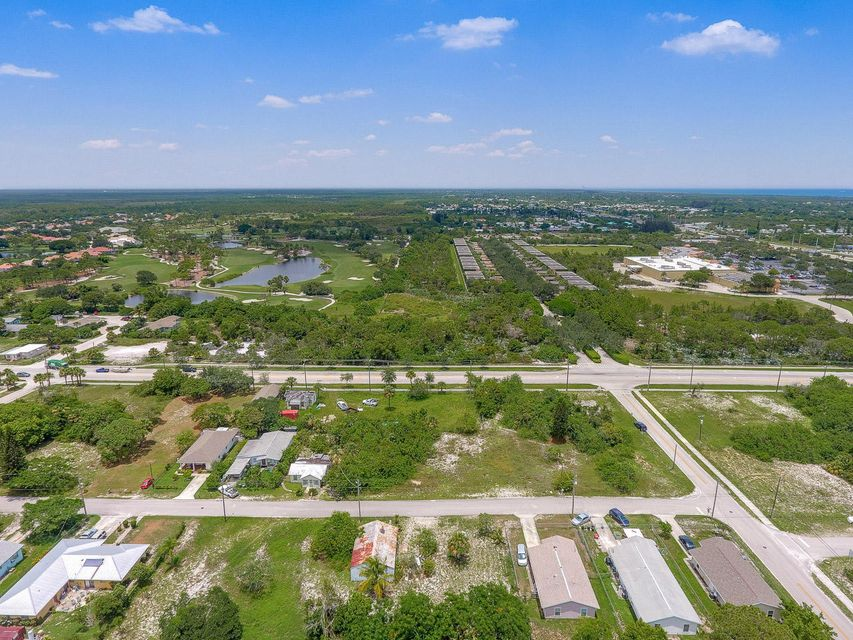 Additional photo for property listing at 8440 SE Bridge Road  Hobe Sound, Florida 33455 United States