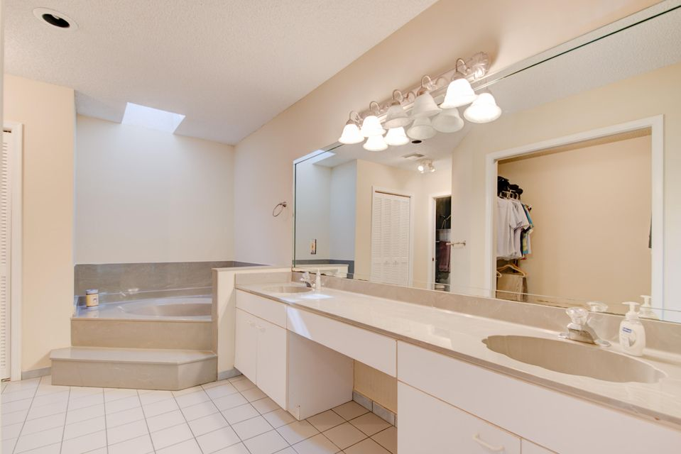Additional photo for property listing at 13373 La Mirada Circle 13373 La Mirada Circle 惠灵顿, 佛罗里达州 33414 美国