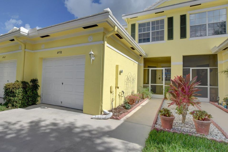 Additional photo for property listing at 4958 Mallory Street  Lake Worth, Florida 33463 United States