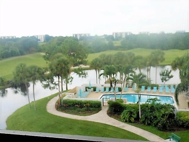 Additional photo for property listing at 7754 Lakeside Boulevard  Boca Raton, Florida 33434 Estados Unidos