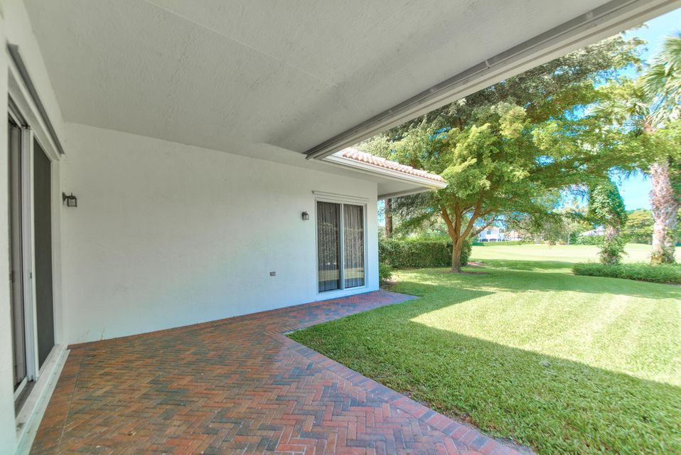 Additional photo for property listing at 2890 Twin Oaks Way 2890 Twin Oaks Way Wellington, Florida 33414 Estados Unidos