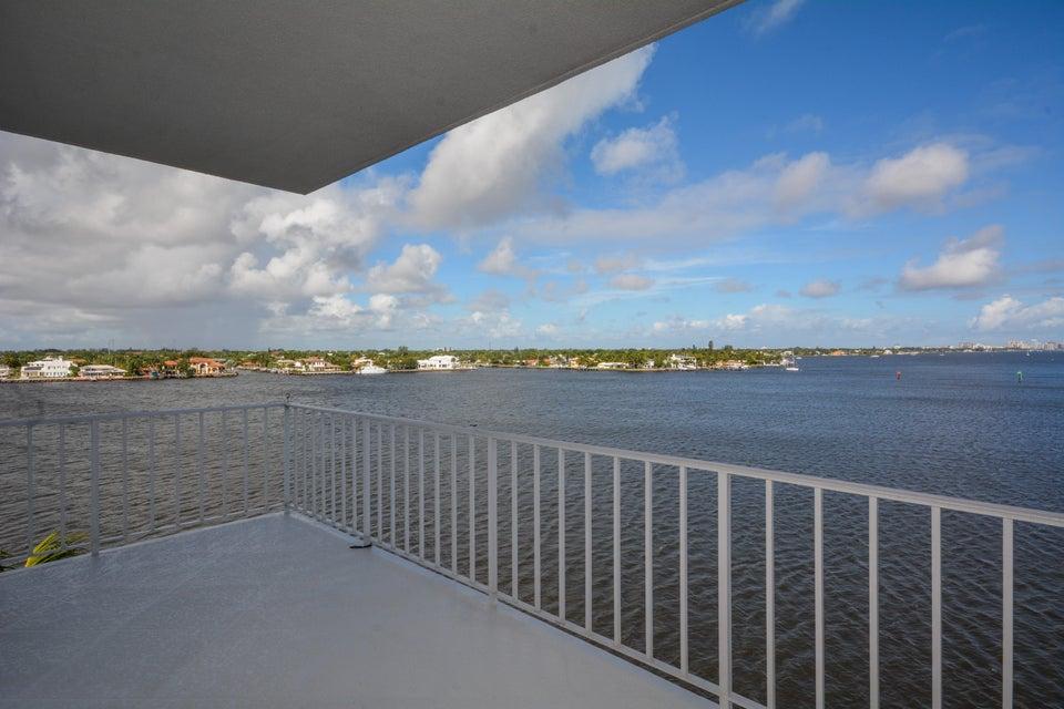 2150 Ibis Isle Road Ph2, Palm Beach, FL 33480