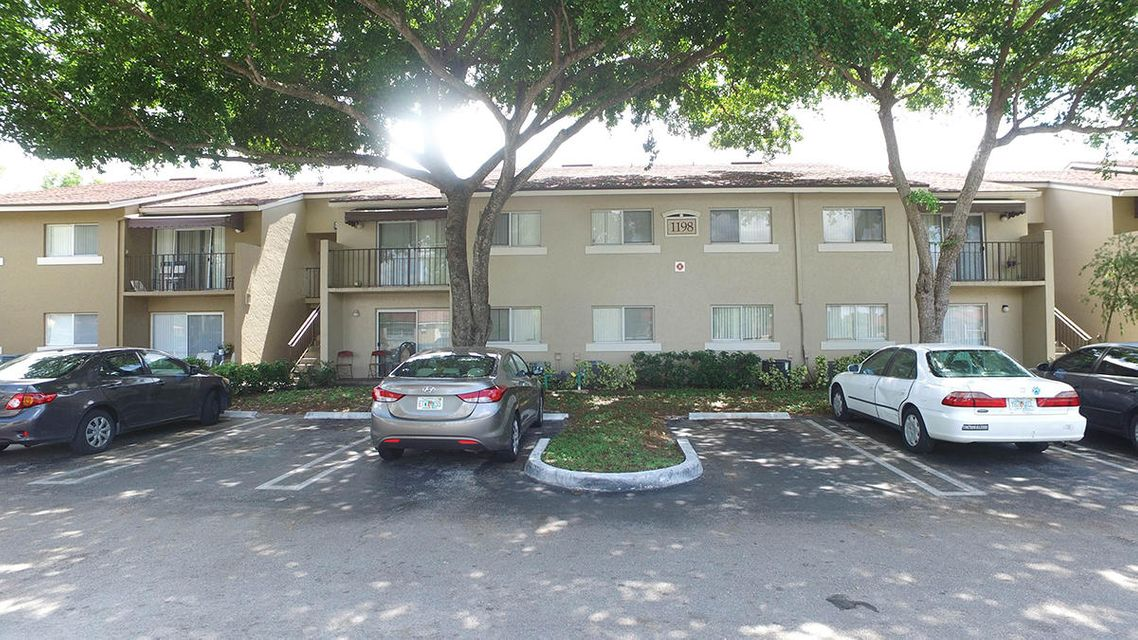 Co-op / Condo for Sale at 1198 Lake Terry Drive West Palm Beach, Florida 33411 United States