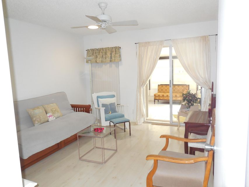 Additional photo for property listing at 5403 Glenda Street 5403 Glenda Street 西棕榈滩, 佛罗里达州 33417 美国
