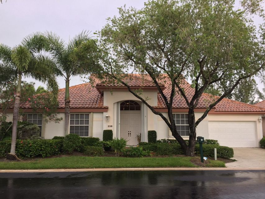 236 Eagleton Estates Boulevard , Palm Beach Gardens FL 33418 is listed for sale as MLS Listing RX-10353811 18 photos