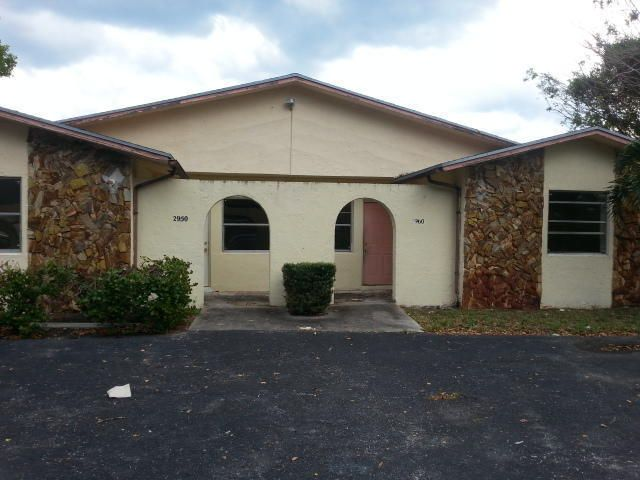 2950 SE 2nd Street, Boynton Beach, FL 33435
