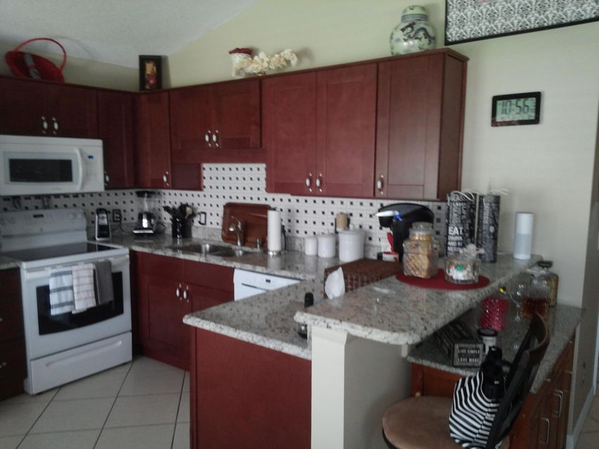Additional photo for property listing at 598 NW San Remo Circle  圣露西港, 佛罗里达州 34986 美国