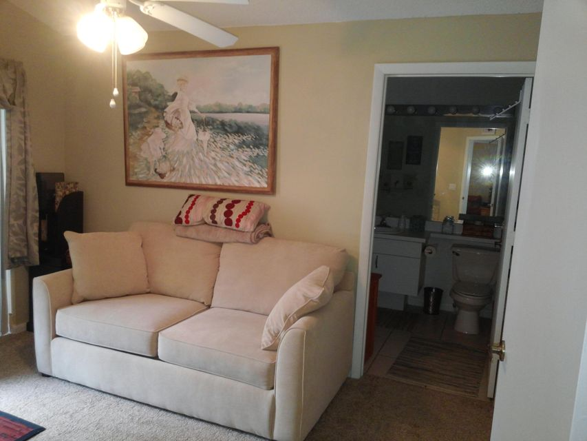 Additional photo for property listing at 598 NW San Remo Circle  Port St. Lucie, Florida 34986 United States