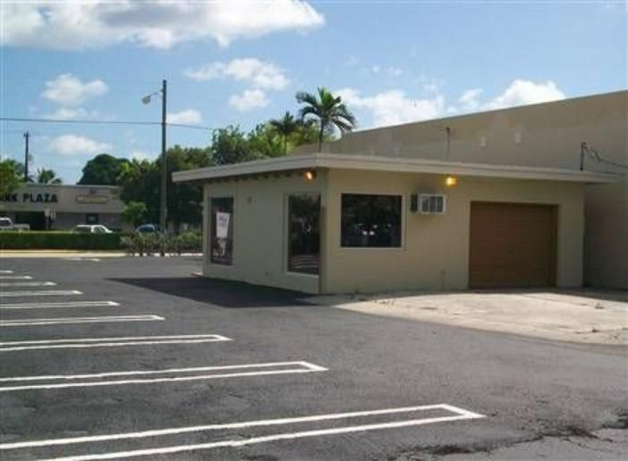 Additional photo for property listing at 246 NE 6th Avenue  Delray Beach, Florida 33483 États-Unis