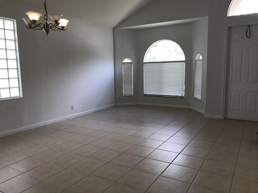 Additional photo for property listing at 6819 Aliso Avenue 6819 Aliso Avenue West Palm Beach, Florida 33413 United States