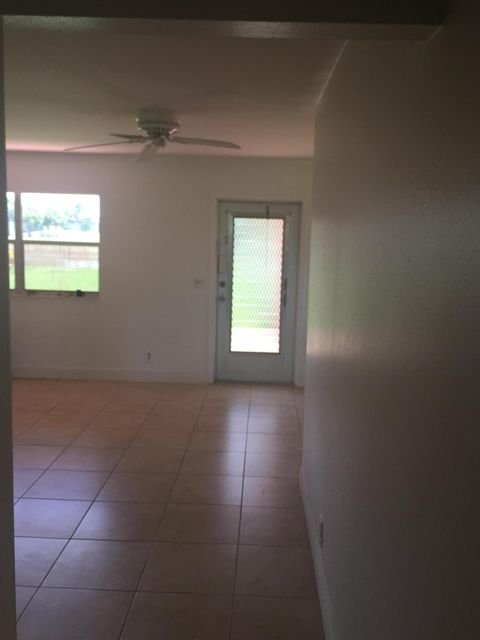 Additional photo for property listing at 345 Seville 345 Seville Delray Beach, Florida 33446 Estados Unidos