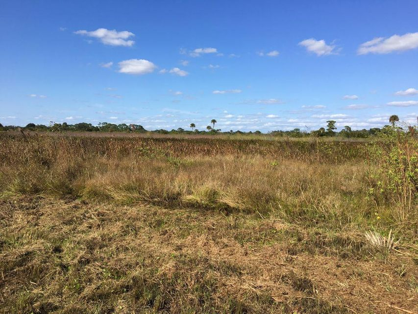 Additional photo for property listing at 13154 SE 26th Lane 13154 SE 26th Lane Okeechobee, Florida 34974 United States