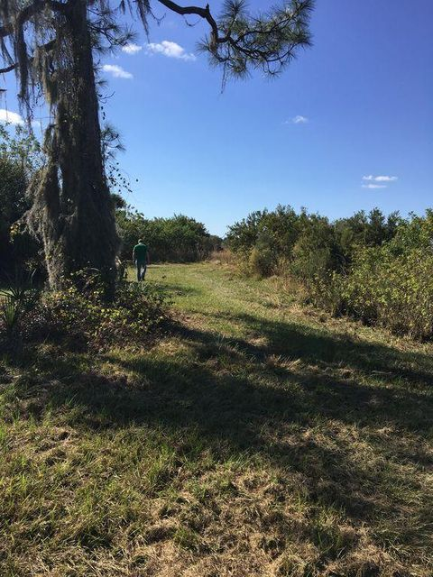 Additional photo for property listing at 13154 SE 26th Lane 13154 SE 26th Lane Okeechobee, Florida 34974 États-Unis