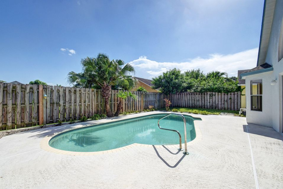 Additional photo for property listing at 5166 Willow Pond Road W  West Palm Beach, Florida 33417 United States