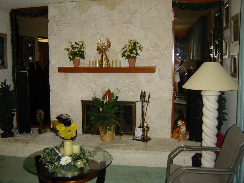 Additional photo for property listing at 3137 Cardinal Drive  Delray Beach, Florida 33444 Estados Unidos