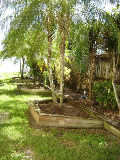 Additional photo for property listing at 3137 Cardinal Drive  Delray Beach, Florida 33444 United States