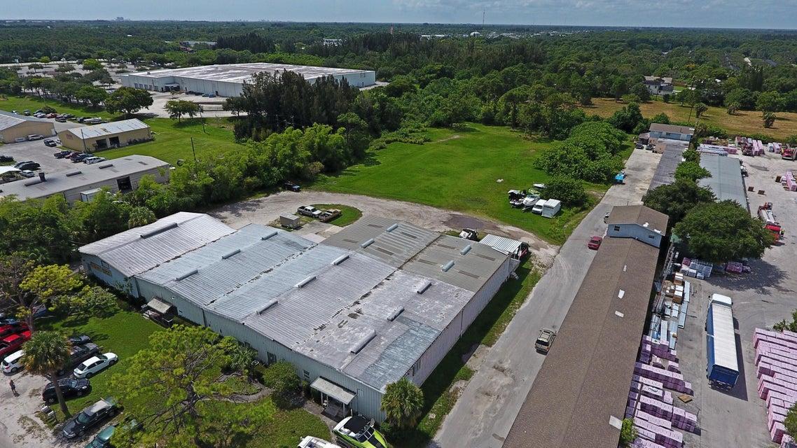 Comerciais / Industriais para Venda às 601 S Market Avenue 601 S Market Avenue Fort Pierce, Florida 34982 Estados Unidos