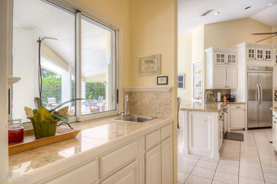 Additional photo for property listing at 230 Riverway Drive 230 Riverway Drive Vero Beach, Florida 32963 Estados Unidos