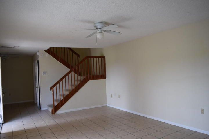 Additional photo for property listing at 4112 41st Way  West Palm Beach, Florida 33407 Estados Unidos