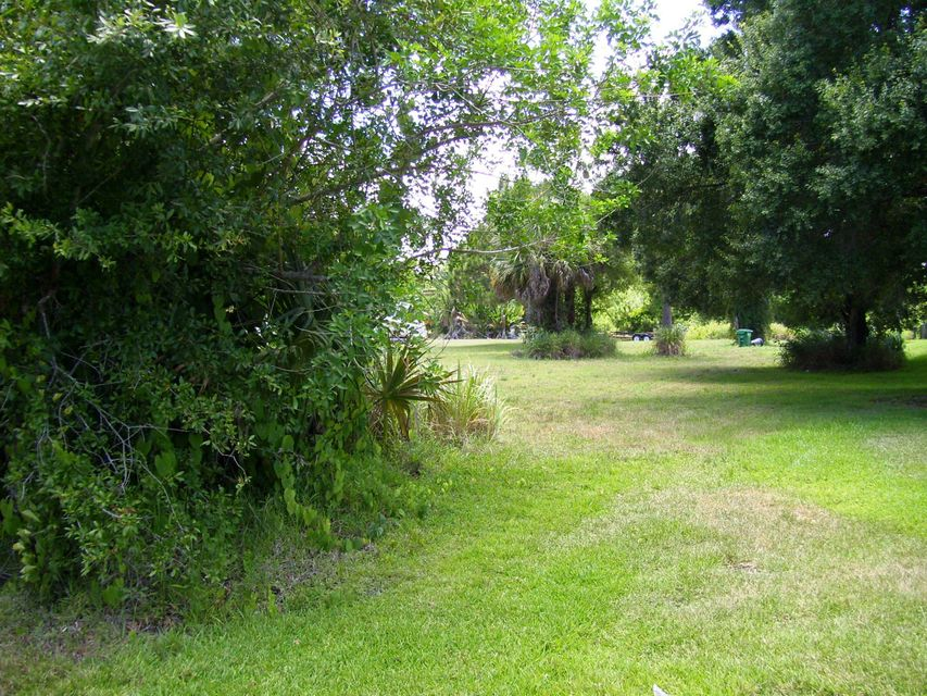 Additional photo for property listing at Tbd Palmetto Drive Tbd Palmetto Drive Fort Pierce, Florida 34982 Estados Unidos