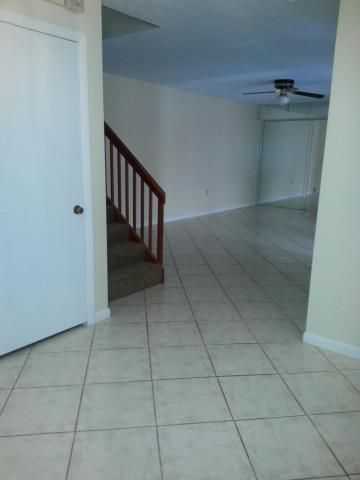 Additional photo for property listing at 6312 63rd Way 6312 63rd Way West Palm Beach, Florida 33409 United States
