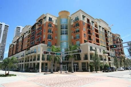 Co-op / Condo for Sale at 600 S Dixie Highway West Palm Beach, Florida 33401 United States