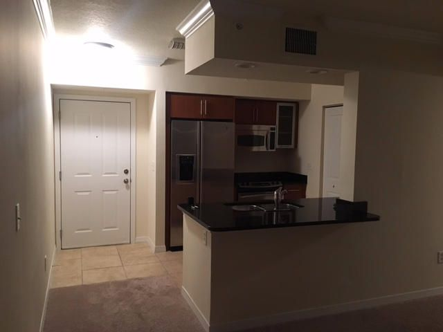 Additional photo for property listing at 600 S Dixie Highway  West Palm Beach, Florida 33401 Estados Unidos