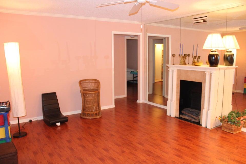 Additional photo for property listing at 129 Lake Pine Circle  Greenacres, 佛罗里达州 33463 美国