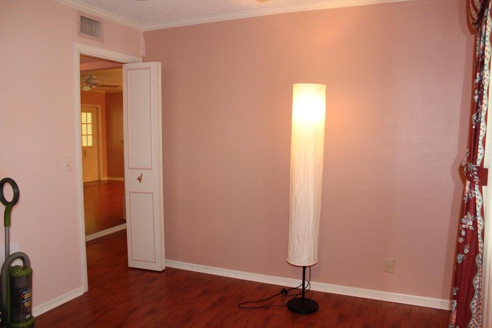 Additional photo for property listing at 129 Lake Pine Circle  Greenacres, Florida 33463 États-Unis
