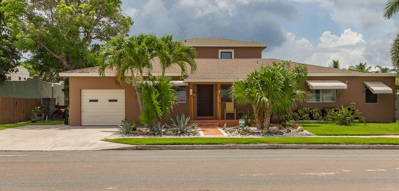Additional photo for property listing at 303 Cornell Drive  Lake Worth, Florida 33460 Vereinigte Staaten