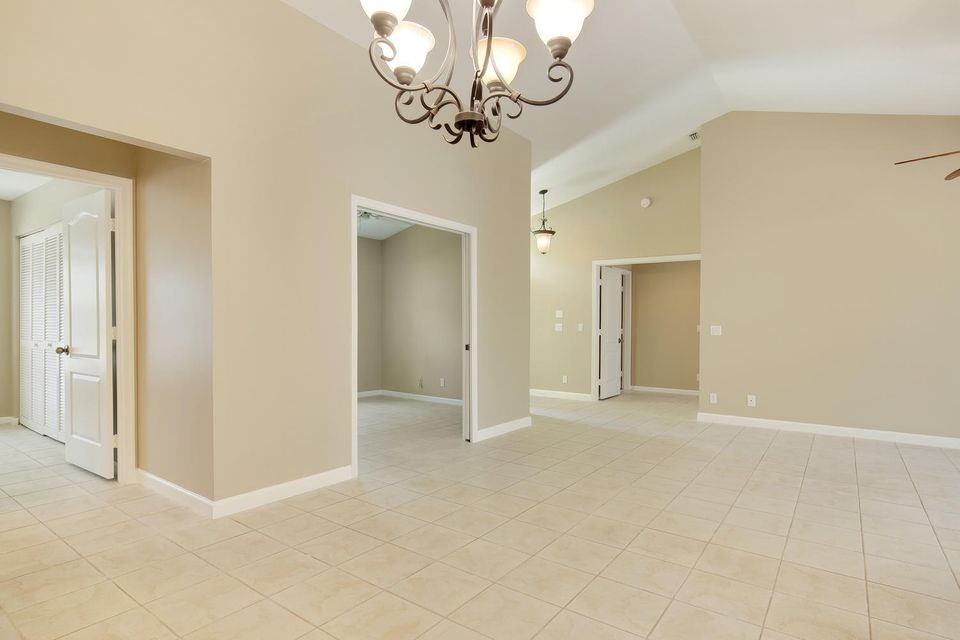 Additional photo for property listing at 326 Eagleton Golf Drive  Palm Beach Gardens, Florida 33418 United States