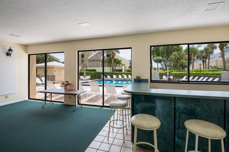 Additional photo for property listing at 1605 S Us Highway 1  Jupiter, Florida 33477 United States