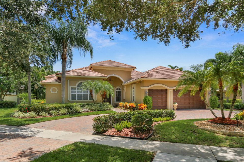 Single Family Home for Sale at 7024 NW 70 Ter Terrace Parkland, Florida 33067 United States