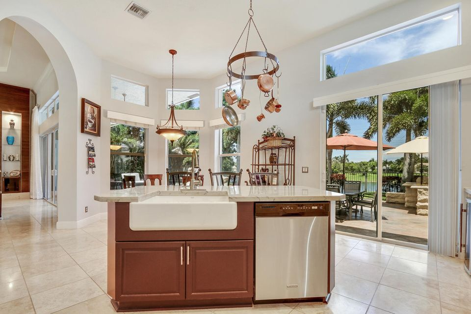 Additional photo for property listing at 7024 NW 70 Ter Terrace 7024 NW 70 Ter Terrace Parkland, Florida 33067 United States