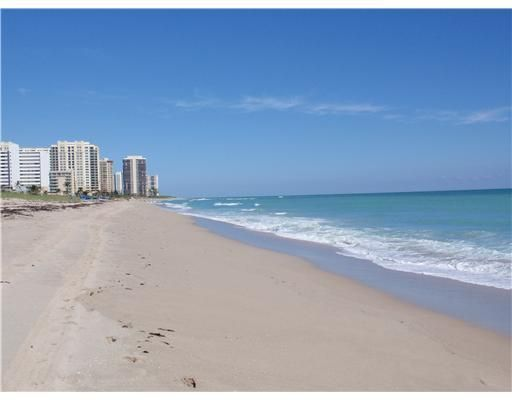 Co-op / Condo for Sale at 3000 N Ocean Drive 3000 N Ocean Drive Singer Island, Florida 33404 United States