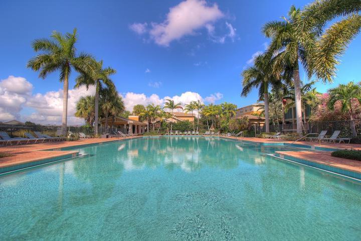 Additional photo for property listing at 410 Amador Lane 410 Amador Lane West Palm Beach, Florida 33401 United States